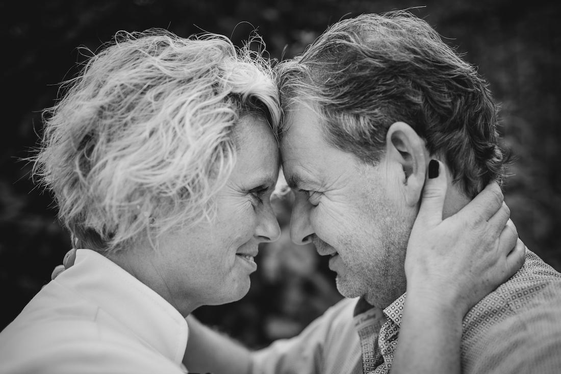 Paar-Foto romantisch schwarz-weiss