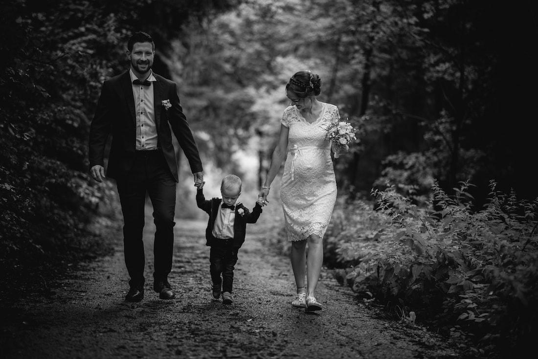 Hochzeit Familienfoto Brautpaarshooting