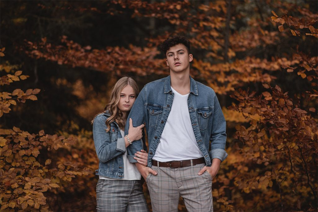 Couple-Fotoshooting Outdoor Herbst