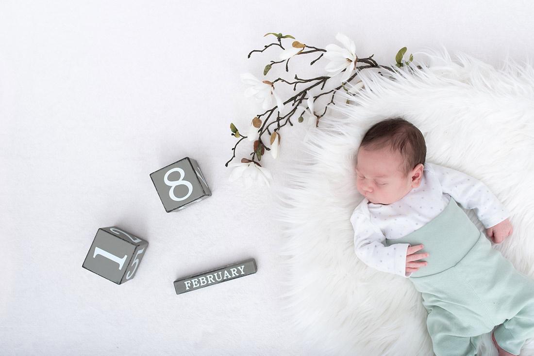 Babyfoto mit Geburtsdatum
